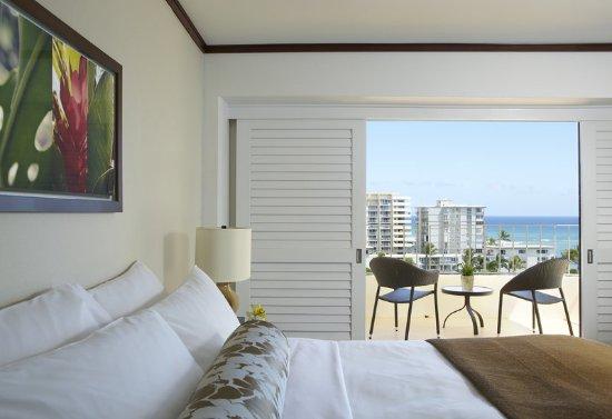 Lotus Honolulu at Diamond Head: Ocean View Premium Detail