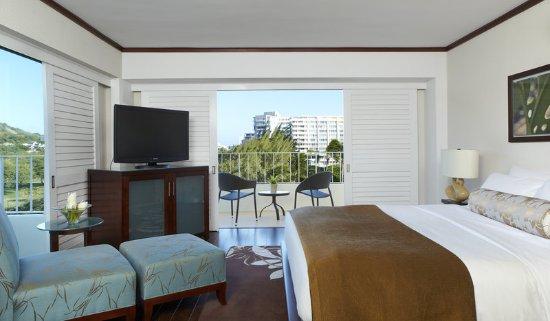 Lotus Honolulu at Diamond Head: Diamond Head View Premium Room