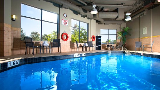 Holiday Inn Hotel U0026 Suites Mississauga: Heated Indoor Swimming Pool At The  Holiday Inn Mississauga