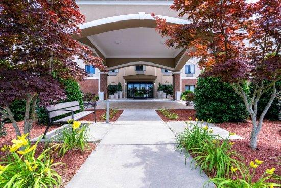 Roanoke Rapids, Carolina del Norte: Hotel Exterior