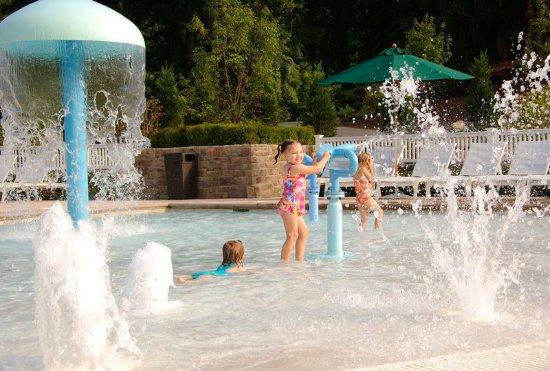 Hot Springs, VA: Water Play Zone
