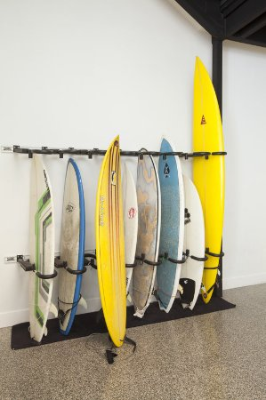 Kimpton Shorebreak Hotel: Surfboard Storage