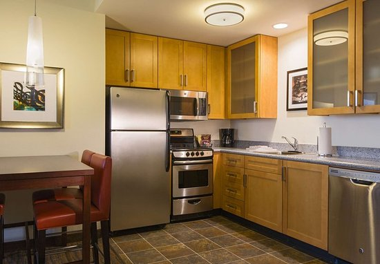 Two Bedroom Suite Kitchen Picture Of Residence Inn Nashville Vanderbilt West End Nashville