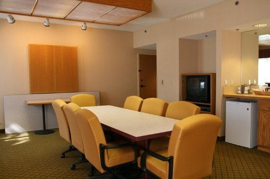 Eau Claire, WI: Meeting Room