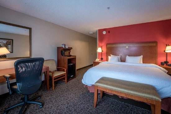 Enterprise, AL: King Guest Room