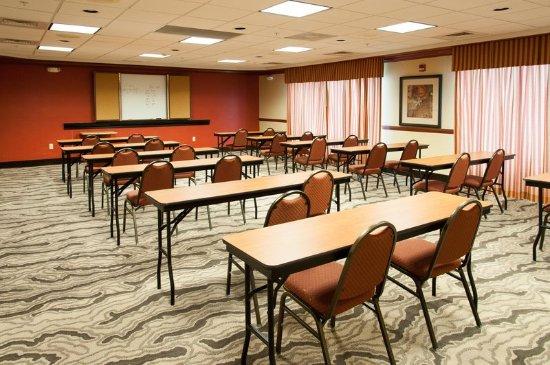 Enterprise, AL: Meeting Room