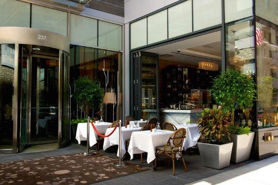 Empire Steakhouse Bar Bild Von Hilton Garden Inn New York Central Park South Midtown West New