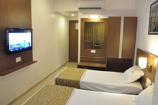 Hotel Kalyan : Standard A/c Room