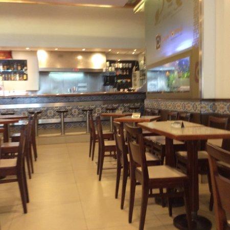 Ermesinde, โปรตุเกส: Café Torres