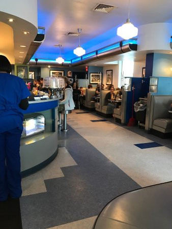 Monty's Blue Plate Diner : photo4.jpg