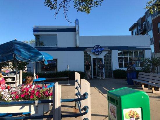 Monty's Blue Plate Diner : photo5.jpg