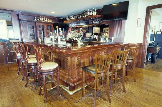 Wyndham Bay Voyage Inn  Restaurant