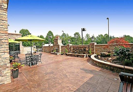 Elkin, Carolina del Norte: Outdoor Patio