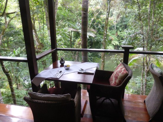 Mossman, Australien: Our favourite table (breakfast and dinner)
