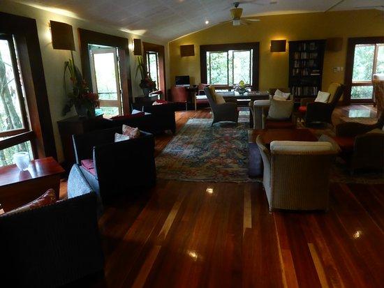 Mossman, Australien: DFelightful lounge area with books, boardgames and free internet