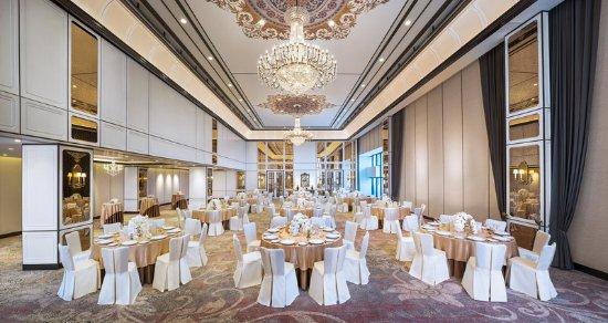 플라자 아테네 방콕 로열 메르디앙 호텔 (Plaza Athenee Bangkok, A Royal ...