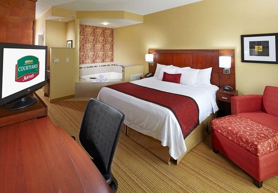 Homestead, PA: King Spa Guest Room