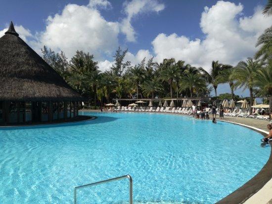 Hotel Riu Creole: POOL AREA