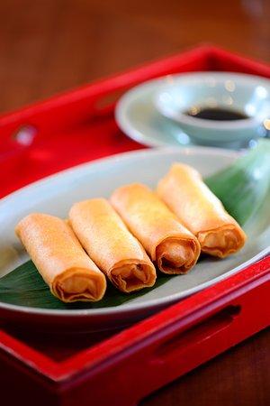 Sha Tin 18 - Hyatt Regency Hong Kong, Sha Tin: Crispy-fried shrimp spring rolls 鮮蝦香脆炸春卷