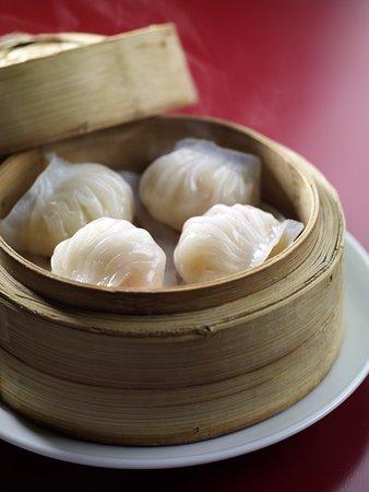 Sha Tin 18 - Hyatt Regency Hong Kong, Sha Tin: Steamed shrimp, bamboo shoot dumpling 傳統筍尖蝦餃皇