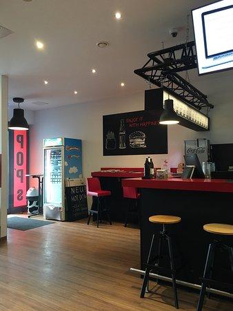 pop 39 s burger esslingen am neckar restaurant bewertungen. Black Bedroom Furniture Sets. Home Design Ideas