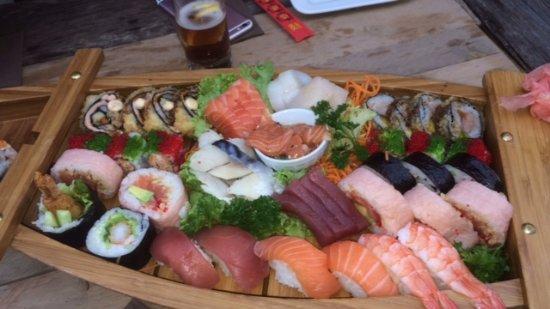 Zaowang: Luxe boot verschillende sushi