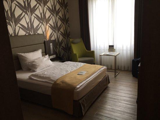 First Inn Hotel Zwickau : photo4.jpg