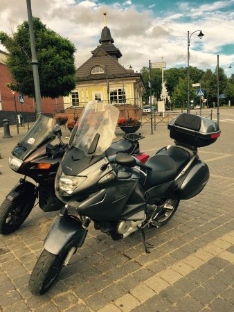 Telsiai, Lithuania: in front of hotel