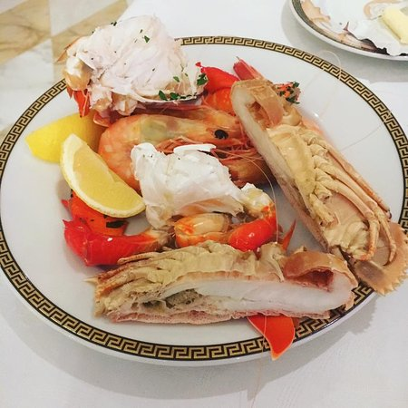 Palazzo Versace: good variety of seafood and fresh