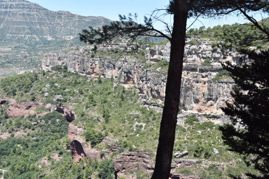 Siurana, Spain: vue from the village