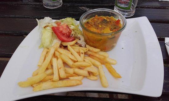 Saint-Jacut-de-la-Mer, France: Curry de poulet