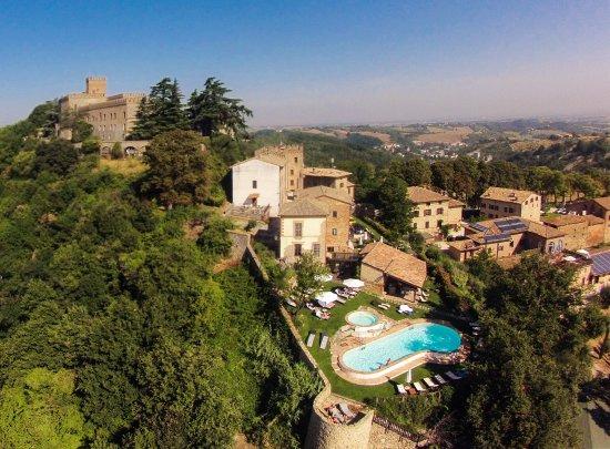 Antico Borgo Di Tabiano Castello Hotel Italia Prezzi