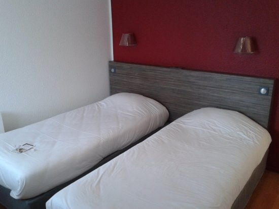 Inter-Hotel Rouen Oissel Photo