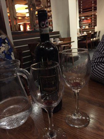 The Cheltenham Chase Hotel - A QHotel: £31 for Chianti Classico - un-matching wine glasses!