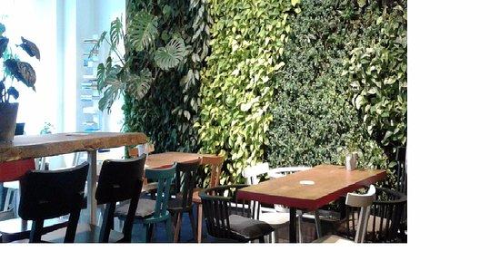 Conscious Hotel Vondelpark: cafetería y área de descanso
