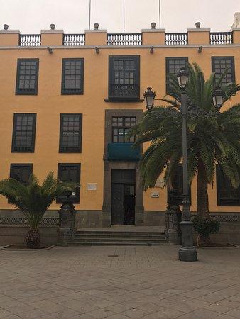 Plaza de Santa Ana: photo3.jpg