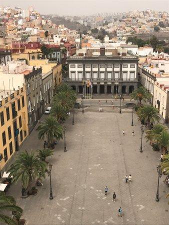 Plaza de Santa Ana: photo4.jpg