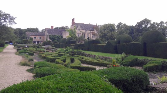 The Manor: on a walk round the grounds