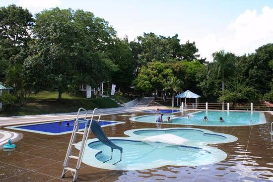 Armero, Colombia: Area de piscinas