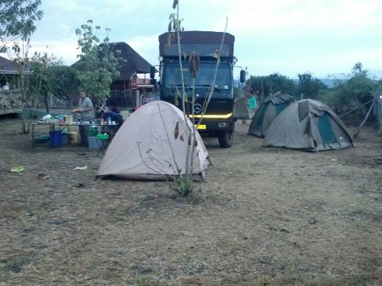 Kasese, Uganda: Campers at Njovu