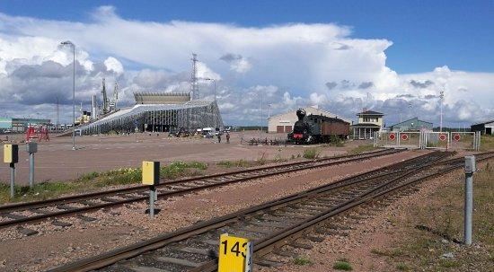 Merikeskus Vellamo: Museum and steam locomotive