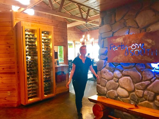 Sagle, ID: Ambience, fabulous food and great service!