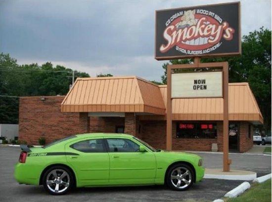 Yorkville, إلينوي: Smokey's