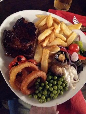 Ennerdale Bridge, UK: beef steak