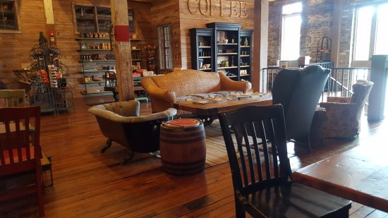 Corinth, MS: Pizza Grocery coffee shop