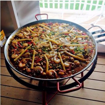 Ovid, NY: Paella on the Patio is served once a month throughout the summer.