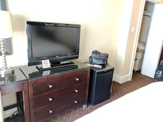 Chancellor Hotel on Union Square: TV
