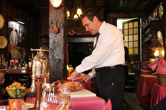 Restaurant La Couronne: Préparation du canard
