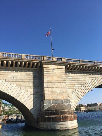 London Bridge : photo4.jpg