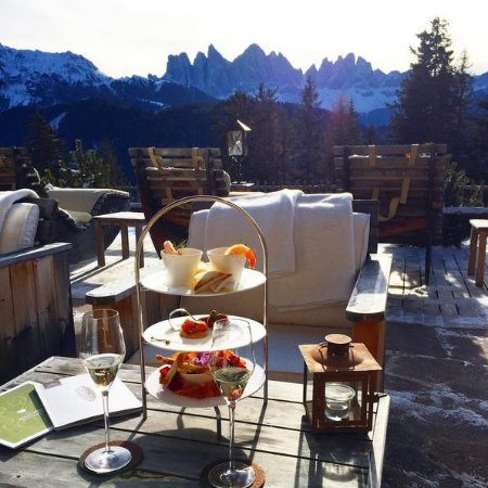 Hotel Rosalpina Dolomites Photo